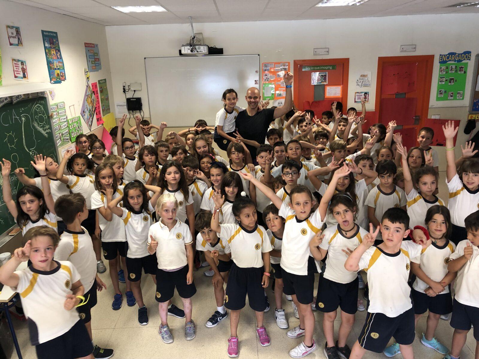 Taller de consciencia y movimiento para 90 niños